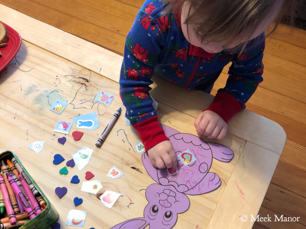 Decorating Easter bunnies