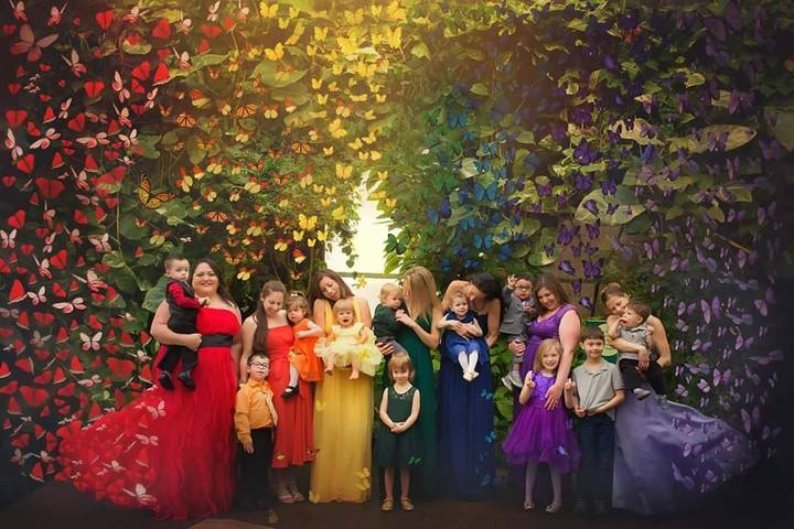 "rainbow mamas group photo - Why Rainbow Baby Mamas Give Us ""All the Feels"""
