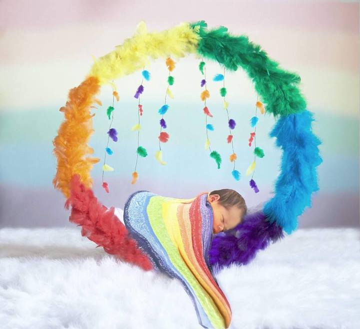 "rainbow baby newborn photo - Why Rainbow Baby Mamas Give Us ""All the Feels"""