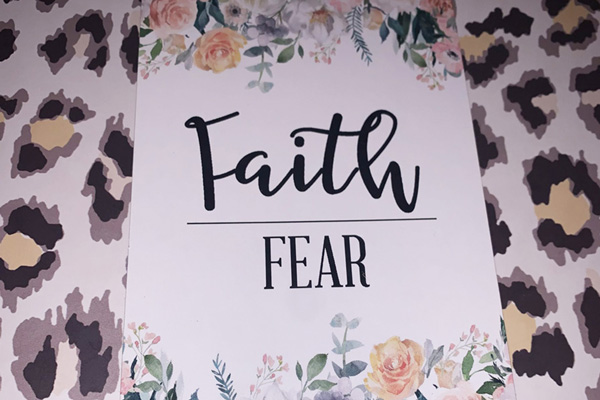 """Faith over Fear"" - Jasmine's 18-week bump day blog"