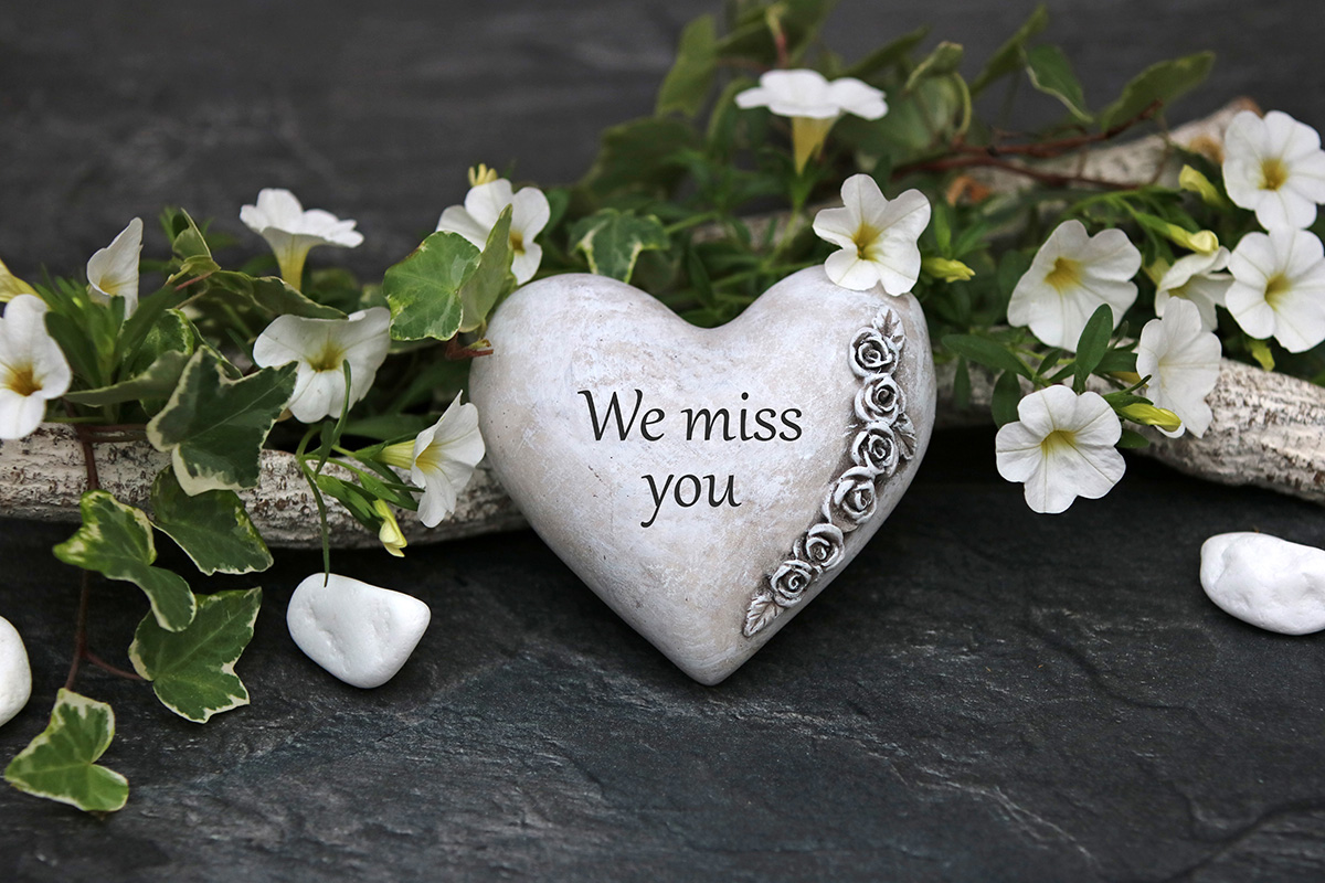 We miss you - 11 Ways to Honor Your Baby who Died on their Loss Anniversary