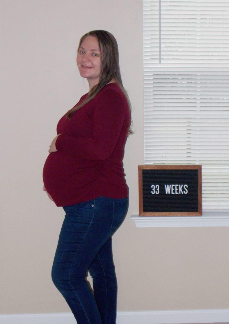 Emma's 33-week bump: Just Breathe